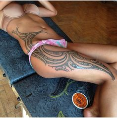 Girl Leg Tattoos Designs life style walks hand in ❤ hand, different styles and trends for women have ❤ emerged. Polynesian Tattoos Women, Polynesian Tattoo Designs, Maori Tattoo Designs, Girl Leg Tattoos, Body Art Tattoos, Tribal Tattoos, Maori Tattoos, Ta Moko Tattoo, P Tattoo