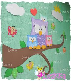 Leskka - Arte em e.v.a Owl Classroom, Classroom Organization, Classroom Decor, Spring Birds, Class Activities, Felt Toys, Kids Education, Bird Feathers, Hello Kitty