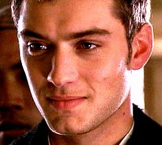 """"""" Jude is Jude Law """" Of N-L-C: SUBLIME GIF DAVID JUDE LAW THAT I LOVE BY NLC"""