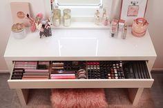 LOVELY LIPS - acrylic makeup organizer  Shop online: » www.tidy-ups.com «  .  #tidyups #organizer #organization #makeup #makeuporganizer #beauty #makeupstorage #beautyroom #lipstickstorage #makeupgoals #acrylicorganizer #beautydesk #makeupdesk #vanitytable #vanityroom #vanityideas #goals #cosmeticorganizer #vanityorganizer #makeupgermany #ikeastorage #bblogger #kosmetikaufbewahrung #alexorganizer #malmorganizer #dressingtable #alex #malm