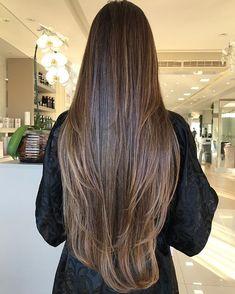 Top 30 Long Blonde Hair Ideas of 2019 - Style My Hairs Brown Hair Balayage, Hair Highlights, Haircuts For Long Hair, Long Layered Hair, Beautiful Long Hair, Brunette Hair, Dark Hair, Hair Looks, Hair Inspiration