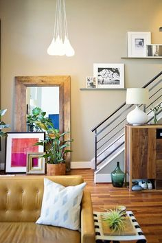 STAIR RAILING :::: Erin's Modern Loft — House Tour (like the natural accents and overall coloring and layers to her place) Apartment Therapy, Apartment Living, Casa Loft, Loft House, Estilo Interior, Living Spaces, Living Room, Modern Loft, Home Gadgets