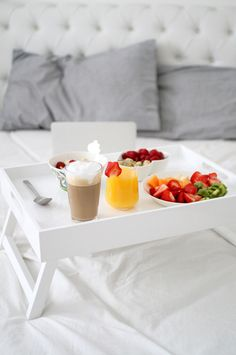 Best Breakfast In Bed Recipes Romantic Ideas Breakfast And Brunch, Breakfast Tray, Mothers Day Breakfast, Morning Breakfast, Best Breakfast, Romantic Breakfast, Birthday Breakfast, Breakfast Healthy, Juice Cafe