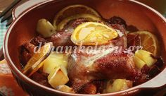 Christmas Pork with orange Yummy Food, Tasty, Christmas Cooking, Christmas Time, Christmas Recipes, Special Recipes, Greek Recipes, Lunches And Dinners, Pot Roast