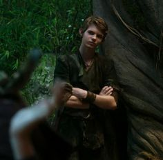 Peter Pan Ouat, Robbie Kay Peter Pan, Peter Pan Disney, Lost Girl, Lost Boys, Arte Disney, Disney Fan Art, Peter Pan Imagines, Once Upon A Time Peter Pan