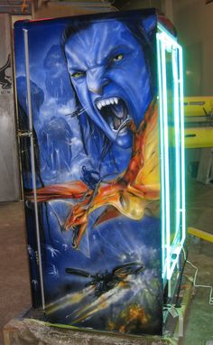 Airbrushed Avatar Fridge - Painted by Mike Lavallee of Killer Paint… Airbrush Art, Painted Fridge, Motorcycle Paint Jobs, Helmet Paint, Custom Tanks, Paint Stripes, Air Brush Painting, Custom Paint Jobs, Tricks
