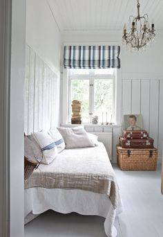 French country bedroom decoration ideas to rekindle the love for your . Recreating a French Country design bedroom in your own home is simple. Beach Cottage Style, Beach Cottage Decor, Farmhouse Bedroom Decor, Rustic Bedrooms, Beach Cottage Bedrooms, Small Bedrooms, White Wood Floors, White Flooring, Wood Flooring