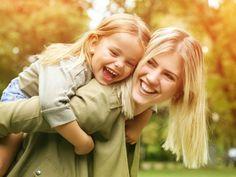 Die Abenteuer-Mutter, Übermutter oder die beste Freundin: Ihr Sternzeichen verrät, zu welcher Art von Mutter Sie gehören