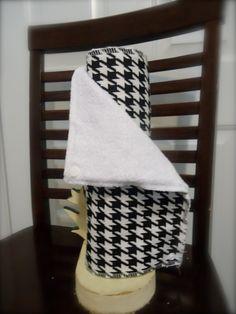 UNpaper Towel -  Black Houndstooth. $17.00, via Etsy. (10x11)
