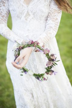 A Wildflower Floral Crown for a Vintage Styled Bohemian Bridal Shoot | Plenty to Declare Photography | See More! http://heyweddinglady.com/romantic-english-bohemian-bridal-shoot-from-plenty-to-declare-photography/