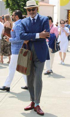 fashionwear4men: takablotaro: Street style Pitti Uomo 88 – Powered by Louis… http://thesnobreport.tumblr.com/post/121856137672