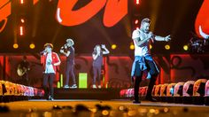 16 Reasons One Direction Are on Top of the Stadium Rock Game http://www.rollingstone.com/music/live-reviews/16-reasons-one-direction-are-on-top-of-the-stadium-rock-game-20150806?utm_content=buffer041ff&utm_medium=social&utm_source=pinterest.com&utm_campaign=buffer