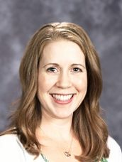 Kirsten Johns – Kindergarten  Ms. Johns graduated with honors from both Central Washington University for her BA in Elementary Education and the University of North Dakota for her Masters in Education with an emphasis on gifted education. She has been teaching kindergarten through 2nd grade for over 9 years at Seattle Country Day School (one of Soundview's PNAIS peer schools) and is excited to be a part of Soundview as a parent and a teacher.