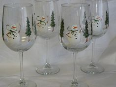 Hand Painted Wine Glasses with Snowman and Trees - Set of 4. $36.00, via Etsy. Christmas Wine Glasses, Wine Bottle Glasses, Painted Wine Bottles, Hand Painted Wine Glasses, Wine Glass Crafts, Wine Bottle Crafts, Wine Glass Designs, Wine Painting, Glass Etching
