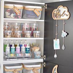 Craft storage goals! Toy Storage, Craft Storage, Garage Storage, Kitchen Jar Labels, Craft Organisation, Custom Pantry, Balloon Pump, Storage Solutions, Craft Supplies