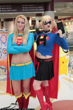 Harley Quinn really is a versatile character who can be adapted into all sorts of fun scenarios - here she is after acquiring Supergirl like powers. Supergirl is not impressed. Dc Cosplay, Harley Quinn Cosplay, Best Cosplay, Cosplay Girls, Batgirl Cosplay, Superman Cosplay, Cosplay Style, Batman, Supergirl