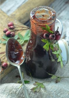 If you have these wee beauties arouond you then go on and make this ketchup, it's SO good! Hawthorn berry sauce
