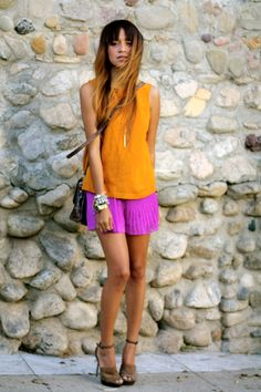 Oh my word, so beautiful. Bold color combo with nude heels!