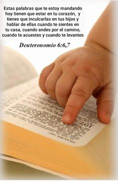 Bible Qoutes, Faith Quotes, Spanish Prayers, History Quotes, Inspirational Phrases, Jesus Loves Me, Mother Quotes, Scripture Verses, Quotes About God