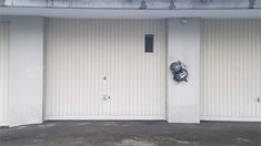 Gewerbe in St. Chf, Garage Doors, New Homes, Outdoor Decor, Home Decor, Driveways, Storage Room, Real Estates, Environment