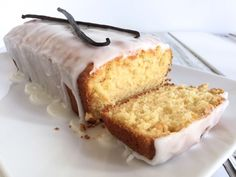 Find out how easy it is to whip up this delicious Vanilla Bean Yoghurt Cake over on the blog now.
