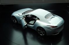 Peugeot SR1 Concept by LOiSEL Fred (2010)