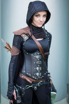 The word cosplay is a Japanese contraction for the term costume play. Magnificent Putting Together Your Cosplay Costume Ideas. Skyrim Cosplay, Skyrim Costume, Steam Punk, Halloween Kostüm, Halloween Cosplay, Halloween Makeup, Amazing Cosplay, Best Cosplay, Cool Costumes