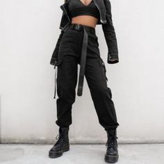 Streetwear Cargo Pants Women Casual Joggers Black High Waist Loose Female Trousers Korean Style Ladies Pants Capri Green Black Khaki Brand Name: heyoungirlLength: Full LengthMaterial: SpandexMaterial: COTTONModel Number: Type: SolidStyl Cargo Pants Outfit, Cargo Pants Women, Trousers Women, Ladies Pants, Harem Pants, Women's Cargo Pants, Casual Pants, Edgy Outfits, Mode Outfits