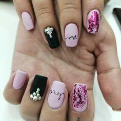 "Diseños :  ""😜Love ❤ diseño a mano alzada"" Love, Nails, Beauty, Fingernail Designs, Amor, Finger Nails, Ongles, Beauty Illustration, Nail"