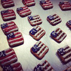 Sugar Swings! Serve Some: Patriotic flag and graduation pretzel snacks