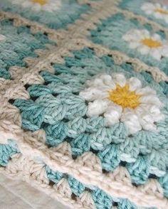 Renkler  #knitting#knittersofinstagram#crochet#crocheting#örgü#örgümüseviyorum#kanavice#dikiş#yastık#blanket#bere#patik#örgüyelek#örgü#örgübattaniye#amigurumi#örgüoyuncak#vintage#çeyiz#dantel#pattern#motif#home#yastık#severekörüyoruz#örgüaşkı#pattern#motif#tığişi#çeyiz#evdekorasyonu