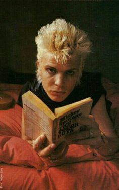 Billy Idol reads.