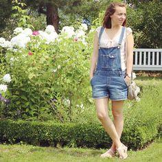 Romantique en salopette en jean l Blog mode et lifestyle | Vintage Touch Blog
