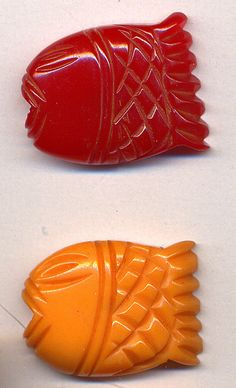 Carved Bakelite fish buttons