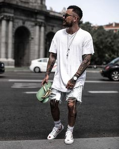 25 cheap premium mens streetwear summer 13 ⋆ talkinggames net is part of Streetwear summer - 25 cheap premium mens streetwear summer 13 Men With Street Style, Men Street, Street Wear, Streetwear Men, Streetwear Fashion, Dope Fashion, Urban Fashion, Street Fashion, Fashion Moda