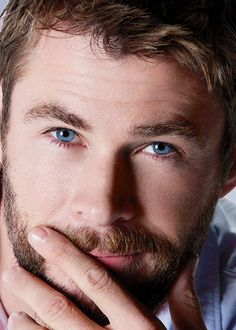 Chris Hemsworth by Frederic Auerbach   Esquire