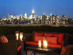 This looks like a lovely place to relax and watch the skyline at night time.