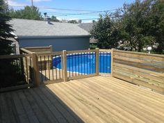 Depuis plus de 30 ans, nous aménageons des patios pour piscines hors terre, semi-creusées et creusées. Nous pouvons vous conseiller sur l'emplacement futur de votre piscine pour optimiser vos installations. Nous vous aidons aussi à prévoir des zones d'intimité pour votre projet en plus d'appliquer les règles de sécurité selon votre région ou selon vos... En savoir plus → Above Ground Pool Decks, In Ground Pools, Backyard Patio Designs, Swimming Pools Backyard, Back Patio, Home Additions, Old Houses, The Great Outdoors, Outdoor Decor