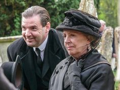 Downton Abbey's Brendan Coyle and Penelope Wilton during filming in Bampton. Via @SaveBogs