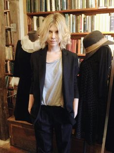 Clémence Poésy created a capsule collection for the french label Pablo. The presentation was made in Shakespeare & Co. a few days ago....