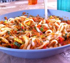 rice noodles + carrot-red bell pepper-garlic-salt-olive oil sauce + zucchini fried in olive oil + salt + parsley