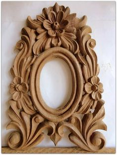 vamos !! Wooden Wall Decor, Wooden Art, Wooden Walls, Chip Carving, Wood Carving Art, Thermocol Craft, Mirror Panels, Carving Designs, Oval Frame
