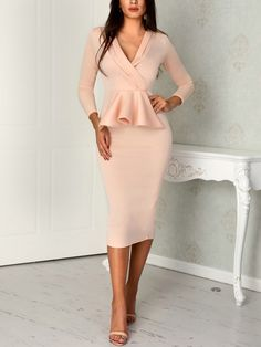 boutiquefeel / V-Neck Peplum Wrap Bodycon Dress Fall Fashion Outfits, Mode Outfits, Style Fashion, Modest Dresses, Dresses For Work, Autumn Fashion Grunge, Plus Size Kleidung, Elegant Outfit, Classy Outfits