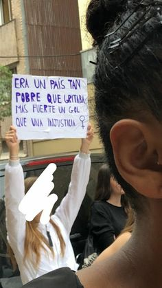 Castelfiori Producciones Ilimitadas Protest Posters, Protest Signs, Feminism Quotes, Feminist Af, By Any Means Necessary, Power To The People, Intersectional Feminism, Power Girl, Social Issues