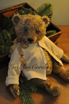 Dear Olde Teddy . . . I would love to find this gorgeous guy under my tree !!