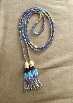 Aaah... Wire and Beads! by Ellen Powell  - featured on Jewelry Making Journal