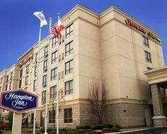 Hampton Inn by Hilton Toronto-Mississauga West Hotel, ON Candada - Hotel Exterior