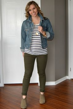Olive pants 2 ways for Create28 Colored Pants Outfits 447379b4e