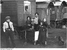 NS-Dokumentationszentrum Köln - Sinti and Roma – gypsies Gypsy Trailer, Gypsy Caravan, Gypsy Wagon, Bohemian Gypsy, Gypsy Style, Boho, Gypsy Jazz, Gypsy Life, My Heritage