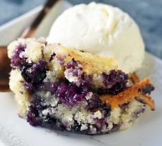 Texas-Style Blueberry Cobbler is a buttery, sweet dessert made with fresh blueberries, sugar, butter, milk and flour. The perfect summer dessert! German Chocolate Cake Cookies, Chocolate Pudding Cookies, Flourless Chocolate Cakes, Blueberry Cobbler Recipes, Blueberry Desserts, Strawberry Recipes, Frozen Blueberry Muffins, Blueberry Breakfast, Blueberry Bread